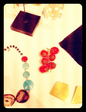 pomodorini tra bijoux africani